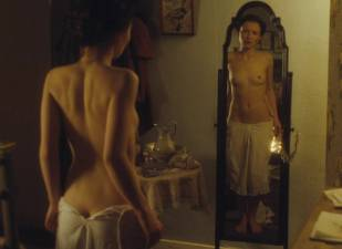 emily browning nude full frontal in summer in february 6617 4