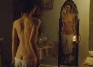 emily browning nude full frontal in summer in february 6617 5