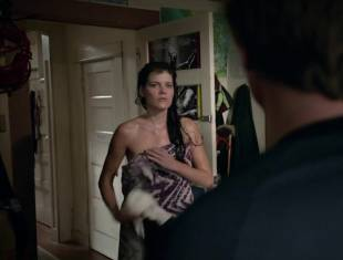 emma greenwell topless to drop the towel on shameless 1586 1