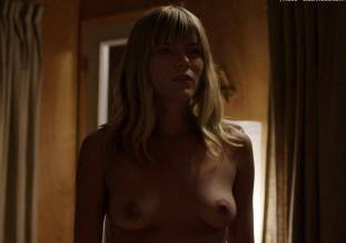 emma greenwell topless to seduce in the path 1651 2