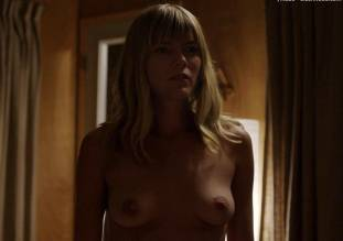 emma greenwell topless to seduce in the path 1651 4