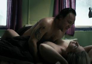 emma stansfield topless sex scene in best laid plans 3076 12