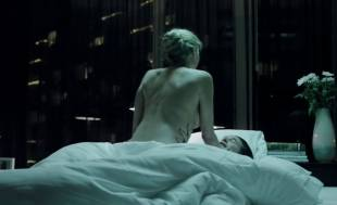 estella warren topless in the stranger within 2695 12