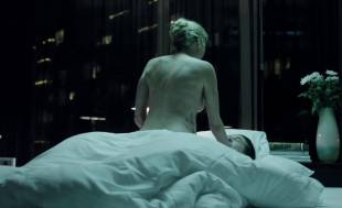 estella warren topless in the stranger within 2695 13