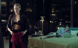 estella warren topless in the stranger within 2695 2