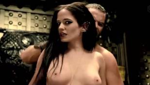 eva green topless in 300 rise of an empire 3784 10