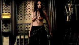 eva green topless in 300 rise of an empire 3784 20