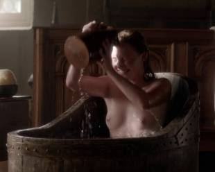 eve ponsonby topless in bath from the white queen 3095 3