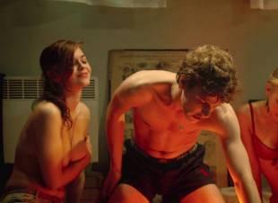 fanny piot topless in la creme de la creme 7552 11