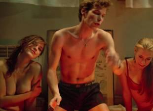 fanny piot topless in la creme de la creme 7552 14