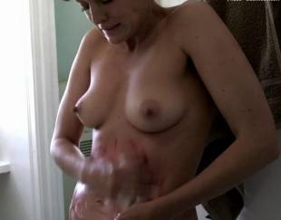 frankie shaw topless in smilf 8580 11