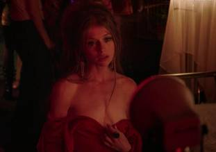 genevieve angelson topless for camera in good girls revolt 6139 1