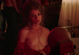 genevieve angelson topless for camera in good girls revolt 6139 2