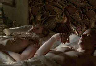 gretchen mol topless to give a bath on boardwalk empire 0950 1