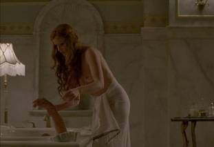 gretchen mol topless to give a bath on boardwalk empire 0950 26