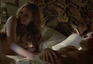 gretchen mol topless to give a bath on boardwalk empire 0950 7