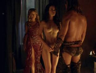 gwendoline taylor nude and full frontal with ellen hollman naked 8260 16