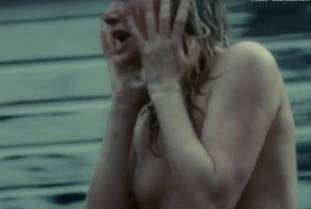 haley bennett nude in the girl on the train 7156 27
