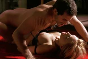 heather graham nude sex scene in killing me softly 8456 33