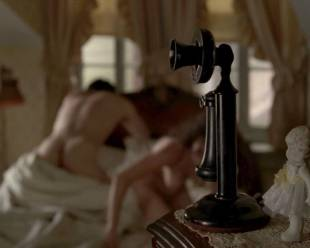 heather lind nude to answer the phone during sex 3465 1