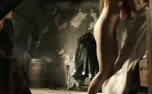 hera hilmar nude in da vinci demons sex scene 2914 15