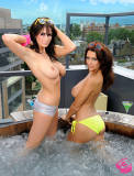 holly peers topless and ready to get wet with peta todd 2604 8