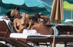 ina toennes topless on honeymoon with dennis aogo 3901 3