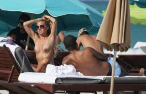 ina toennes topless on honeymoon with dennis aogo 3901 4