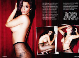 india reynolds topless for a private peep show 4268 7