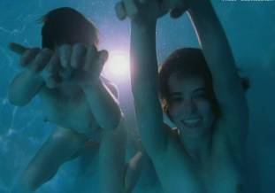 jane adams parker posey topless in the anniversary party 3135 12