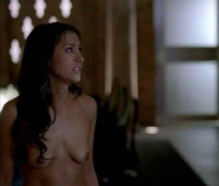 janina gavankar naked in true blood vampire headquarters 1275 5