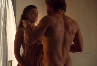 jenna lind topless on spartacus blood and sand 1307 1