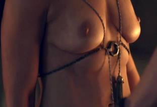 jenna lind topless on spartacus blood and sand 1307 11