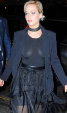 jennifer lawrence flashes breasts in new york city 0246 6