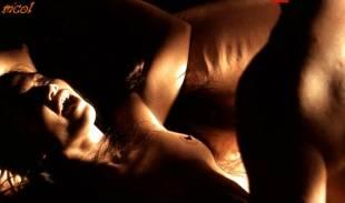 jennifer lopez topless in u turn 2127 11