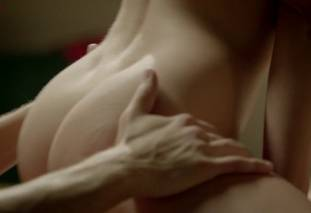 jennifer thompson nude sex scene from femme fatales 2871 8