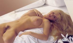 jenny mccarthy nude full frontal behind scenes of first playboy shoot 9027 12