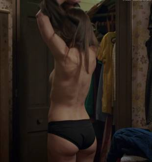 jessica biel topless for a glimpse in the sinner 5387 5