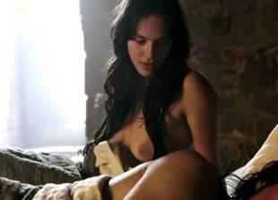 jessica brown findlay nude on labyrinth 3735 3