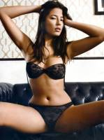 jessica gomes topless breasts revealed in a wet towel 7129 2