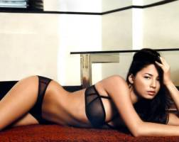 jessica gomes topless breasts revealed in a wet towel 7129 3