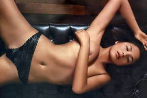 jessica gomes topless breasts revealed in a wet towel 7129 4