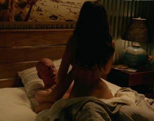 jessica gomes topless in once upon a time in venice 8736 1