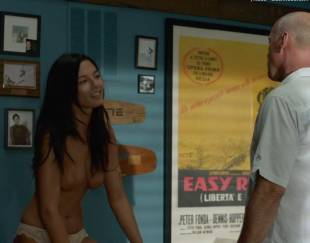 jessica gomes topless in once upon a time in venice 8736 16