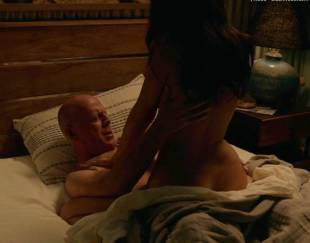 jessica gomes topless in once upon a time in venice 8736 2