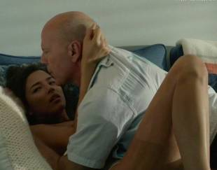 jessica gomes topless in once upon a time in venice 8736 20