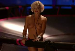 jessica kiper nude and full frontal in rollerskates on weeds 9275 4