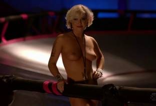 jessica kiper nude and full frontal in rollerskates on weeds 9275 6