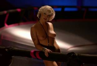 jessica kiper nude and full frontal in rollerskates on weeds 9275 9