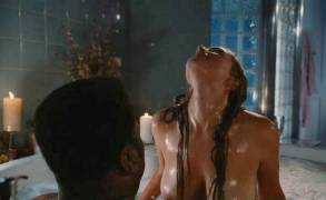 jessica pare topless breasts in hot tub time machine 5541 14